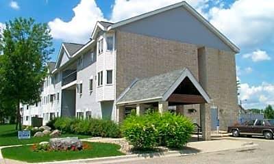 Lynn Court Apartments, 0