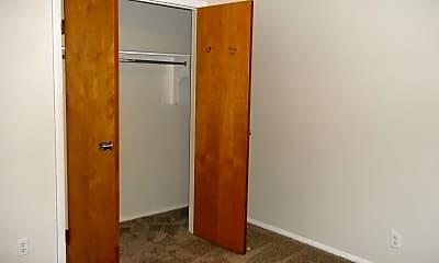 Bedroom, 4000 Monticello Blvd, 2