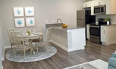 Living Room, 709 Lamar Pl, 2