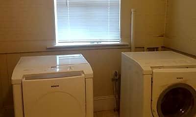 Bathroom, 1045 E 12th St, 2