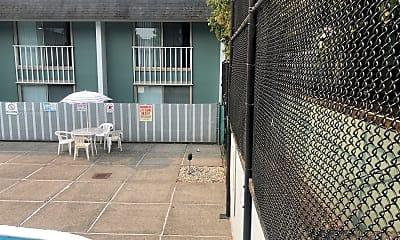 Cabana Royal Apartment Homes, 2