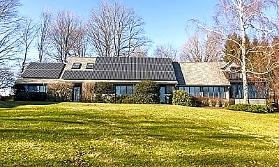 Building, 200 Dingle Ridge Road, Brewster, NY, USA, 0