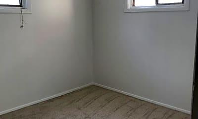 Bedroom, 815 N Davis St, 2