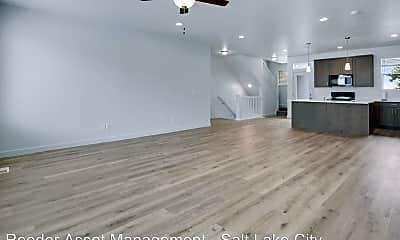 Living Room, 25 E Center St, 1