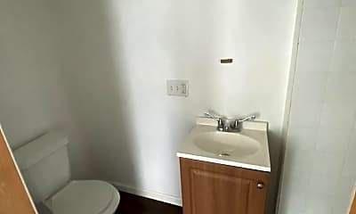 Bathroom, 1010 Washington St, 2