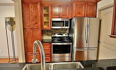 Kitchen, 1701 Upland Dr, 1