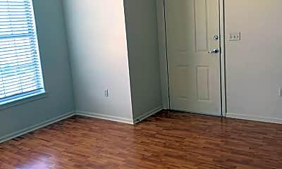 Bedroom, 307 E Hale St, 2