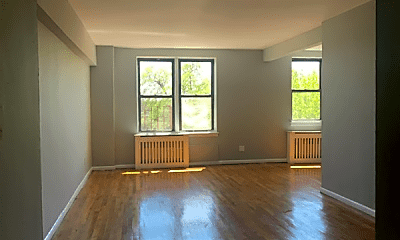 Living Room, 83-96 118th St, 0