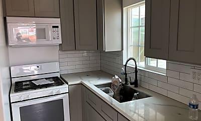 Kitchen, 4133 Lennox Blvd, 2