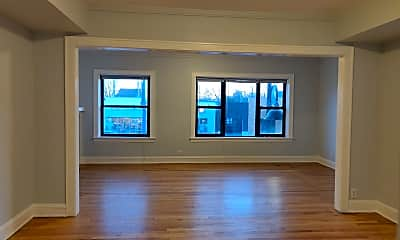 Living Room, 6604 Roosevelt Rd 2F, 1