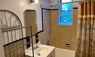 Bathroom, 41-50 78th St, 0