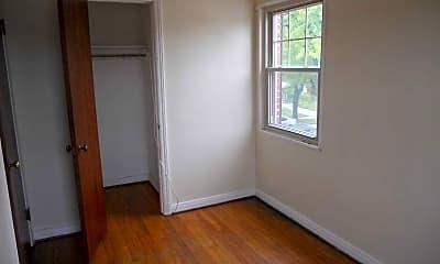 Ken-Ton Apartments, 2