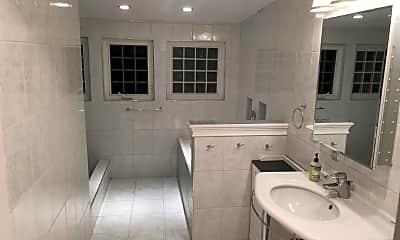 Bathroom, 607 Paso Nogal Rd, 1