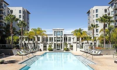 Pool, 550 Moreland, 0
