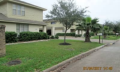 Palms and oaks line the culdesac., 10838A Sugar Hill Dr, 2