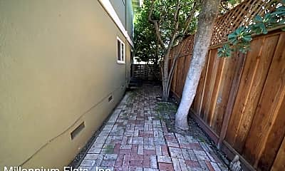 Patio / Deck, 728 Channing Ave, 2
