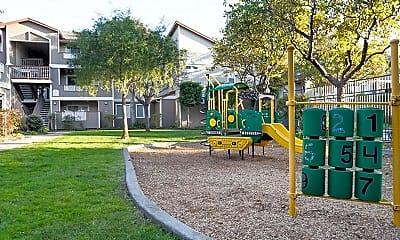 Alderwood Park Apartments, 2