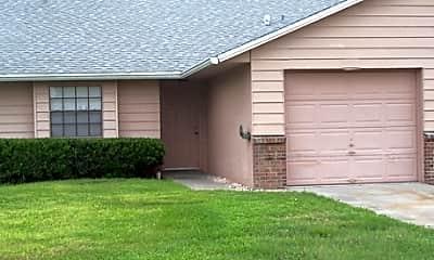 Villas at Pine Hills, 0