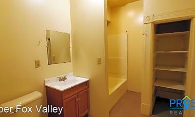 Bathroom, 852 Mckinley St, 2