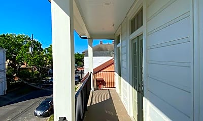 Patio / Deck, 2617 Carondelet St, 2