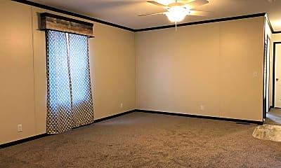 Living Room, Avon Lakes Estates, 2