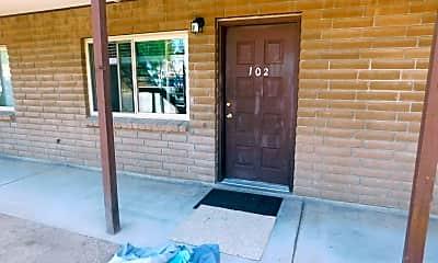 Patio / Deck, 1302 Glenwood Ave, 1