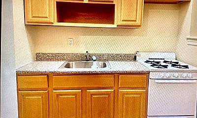 Kitchen, 3030 Heath Ave, 0