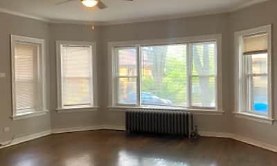 Living Room, 11210 S Vernon Ave, 1