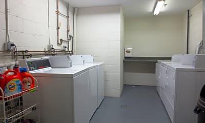 Kitchen, 940 Lorimer St, 2