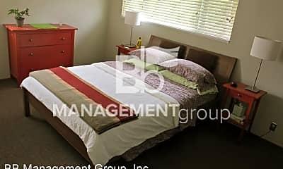 Bedroom, 224 NE Fremont St, 2