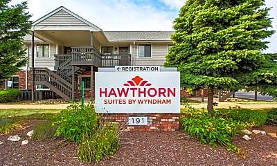Community Signage, Hawthorn Suites, 2