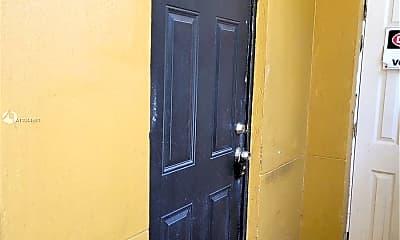 Bathroom, 3669 Thomas Ave 6, 2
