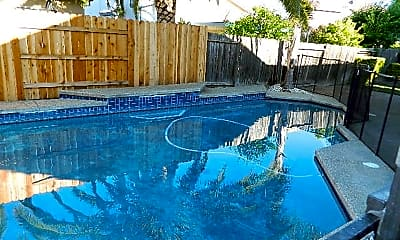 Pool, 2733 Atterbury Way, 1