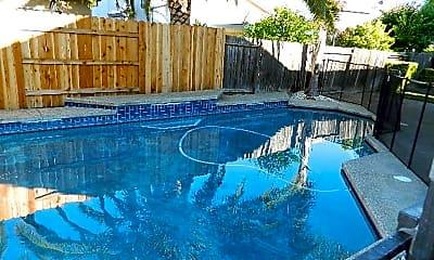 Pool, 2733 Atterbury Way, 1