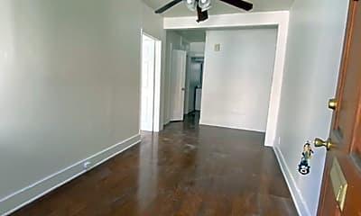 Living Room, 631 W 30th St, 1
