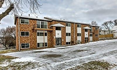 Building, 1410 N 45th St, 1