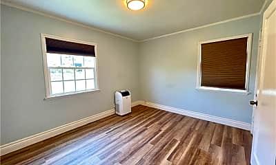 Living Room, 227 S Hoover St 1/2, 2