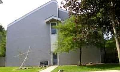 Building, Hardwick Apartments, 2