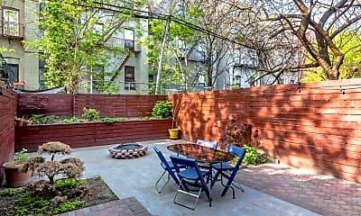 Patio / Deck, 519 Putnam Ave, 1