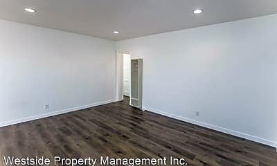Living Room, 740 Flower Ave, 1