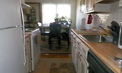 Kitchen, 64 Manchester Ct E, 1