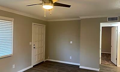Bedroom, 515 E Dunbar Dr, 1