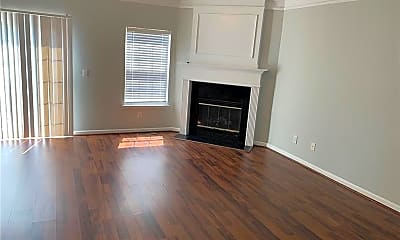 Living Room, 6818 Blackstone Pl 13, 2