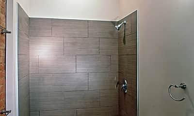 Bathroom, 1260 W 4th St, 2
