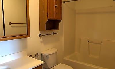 Bathroom, 1000 Elkins Dr, 2