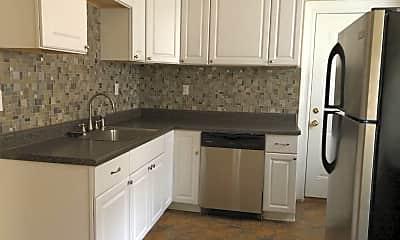 Kitchen, 1021 10th St, 0