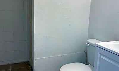 Bathroom, 200 Pennsylvania St NE, 2
