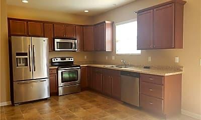 Kitchen, 142 Harmony Rd, 1