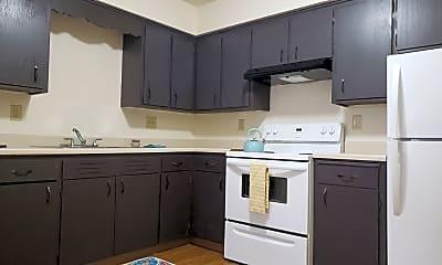 Kitchen, 904 Thomas Ave, 1