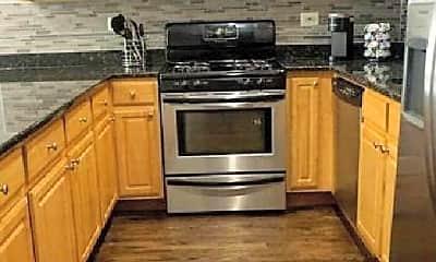 Kitchen, 3710 S King Dr, 0